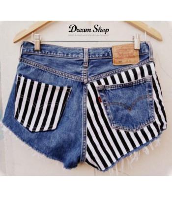 design senza tempo c30e6 35b50 Shorts levis 501 borchie - Dream Shop